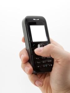 Mobile dans la main