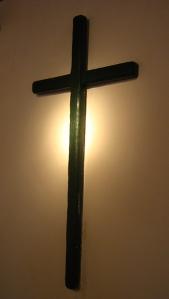 """""""Jésus lui dit: «C'est moi qui suis le chemin, la vérité et la vie. On ne vient au Père qu'en passant par moi."""" La Bible, Jean 14:6"""