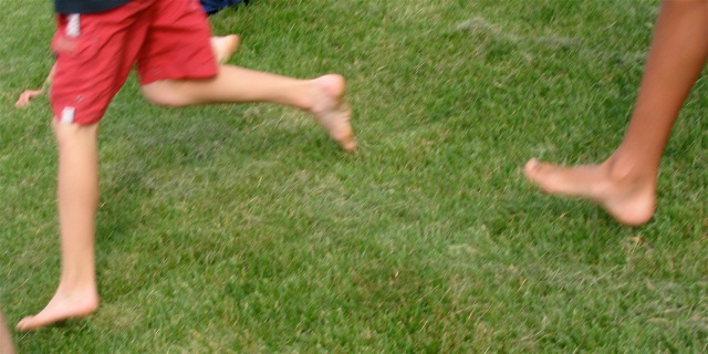 courrir pieds nus